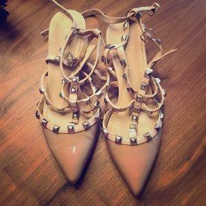Shoes - BCBG heels size 7 heel needs restoring TTS